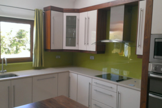 Flesk Glass green splashbacks